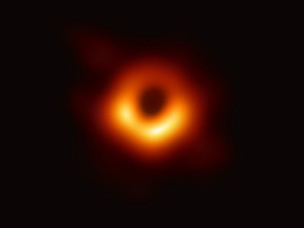 """Seminario """"La prima foto di un buco nero con l'Event Horizon Telescope"""""""